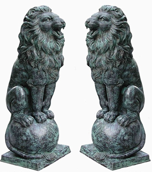 Growling Lions on Ball Bronze Statues - AF 54120