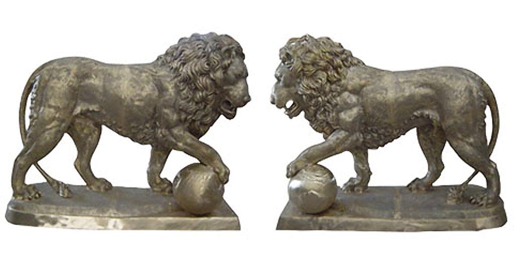 Bronze Lion Statues - DK 2140