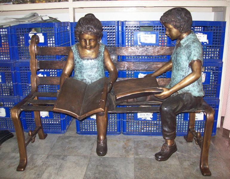 Bronze Children Bench Reading - DD G-065
