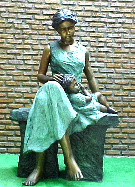 Bronze Mother & Child Statue - PA G-1044